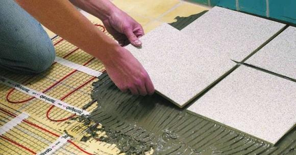 Как сделать стяжку пола под керамическую плитку своими руками