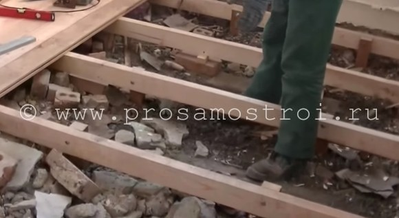 remont-polov-v-hryshevke-kapitalno