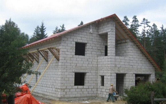 Ремонт стен из шлака в доме