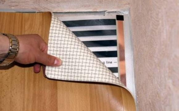Теплый пол электрический под линолеум вредно или нет