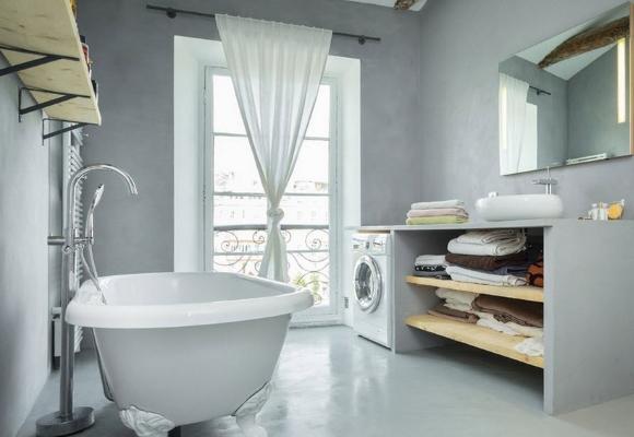 Светло-серая ванная комната
