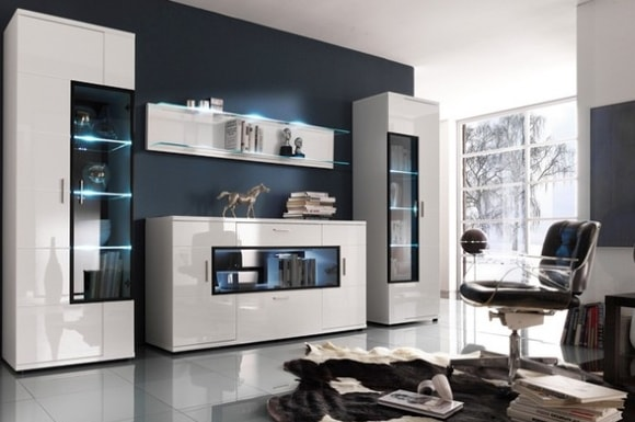 Фото белой модульной мебели с комодом в современном стиле для гостиной