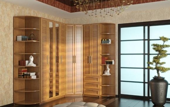 Угловые шкафы в составе модульной композиции для гостиной