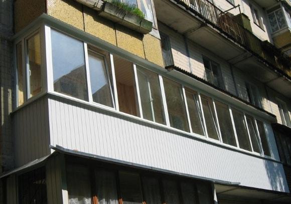 Ремонт остекления балконов фото