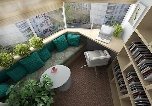 Спальные места на балконе пример