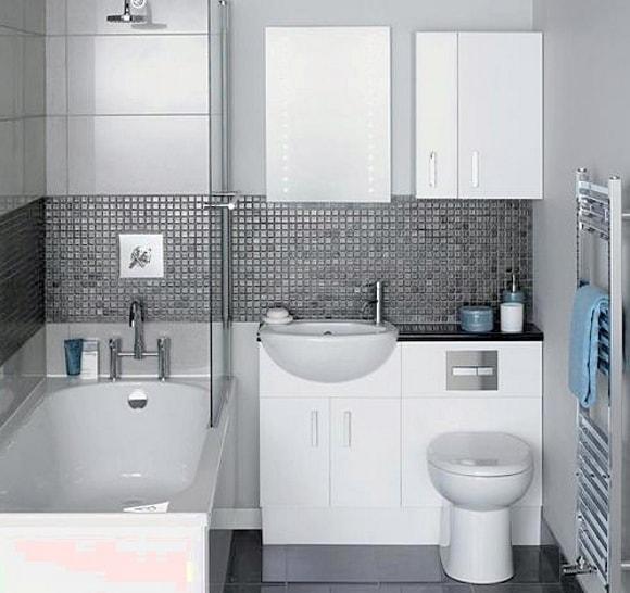 Дизайн квадратной ванной комнаты