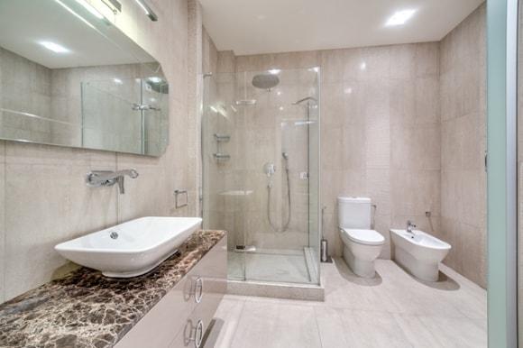 Крупногабаритная ванная комнаты
