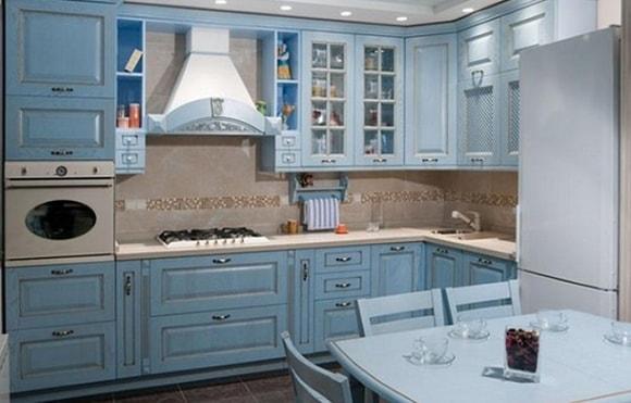 Дизайн кухни в голубых тонах