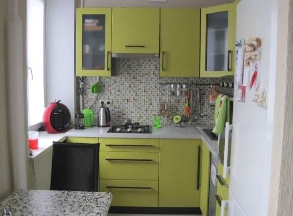 Дизайн очень маленькой кухни 2 на 2