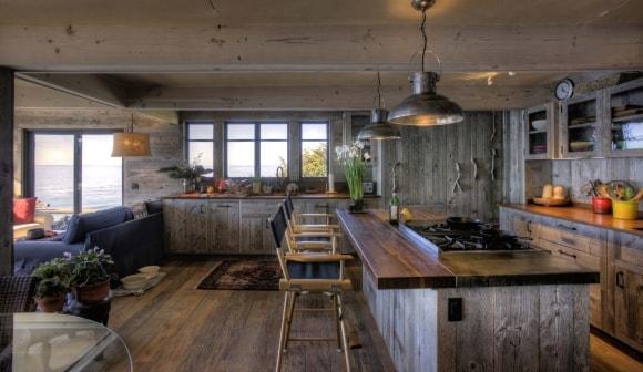 Стиль лофт в интерьере деревянного дома