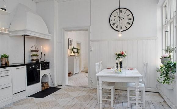 Декорирование скандинавского интерьера часами