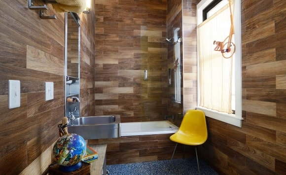 Декорирование стен ванной ламинатом