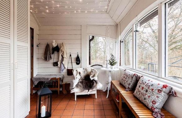 Интерьер дачного дома, выполненный в сканди-стиле