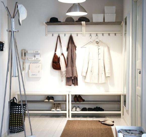 Обувница в интерьере скандинавского стиля