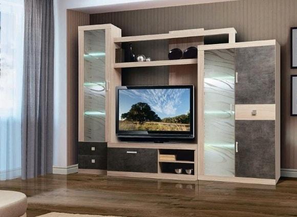 Стенка в интерьере гостиной под телевизор